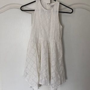 ABERCROMBIE white laced dress
